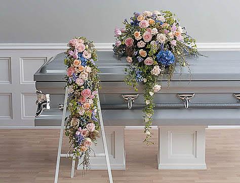 Casket-Flowers-5 Funeral Casket Flowers