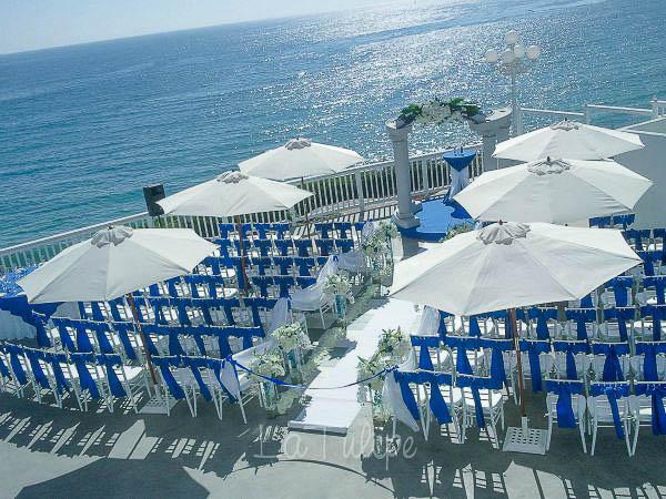 laguna beach wedding ceremony flowers