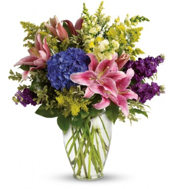 hydrangeas and pink lilies bouquet