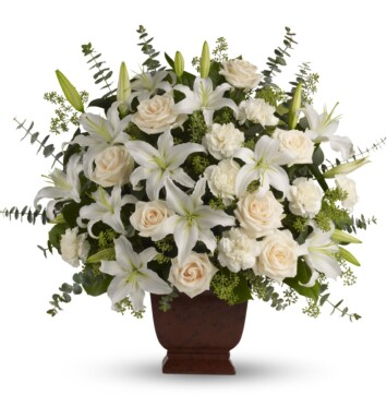 white asiatic lilies and crème roses