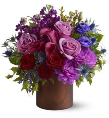roses, dahlias, lisianthus, miniature callas and stock