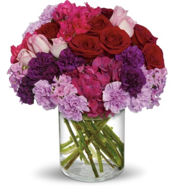 hydrangeas and roses in vase